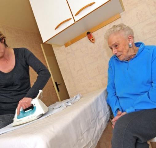 Aide personne âgée à La Louvière